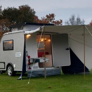 Kip Shelter Plus met Luifel en Buitenkeuken