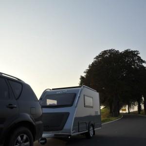 Shelter-plus-compacte-caravan