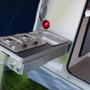 Compacte caravan met Buitenkeuken